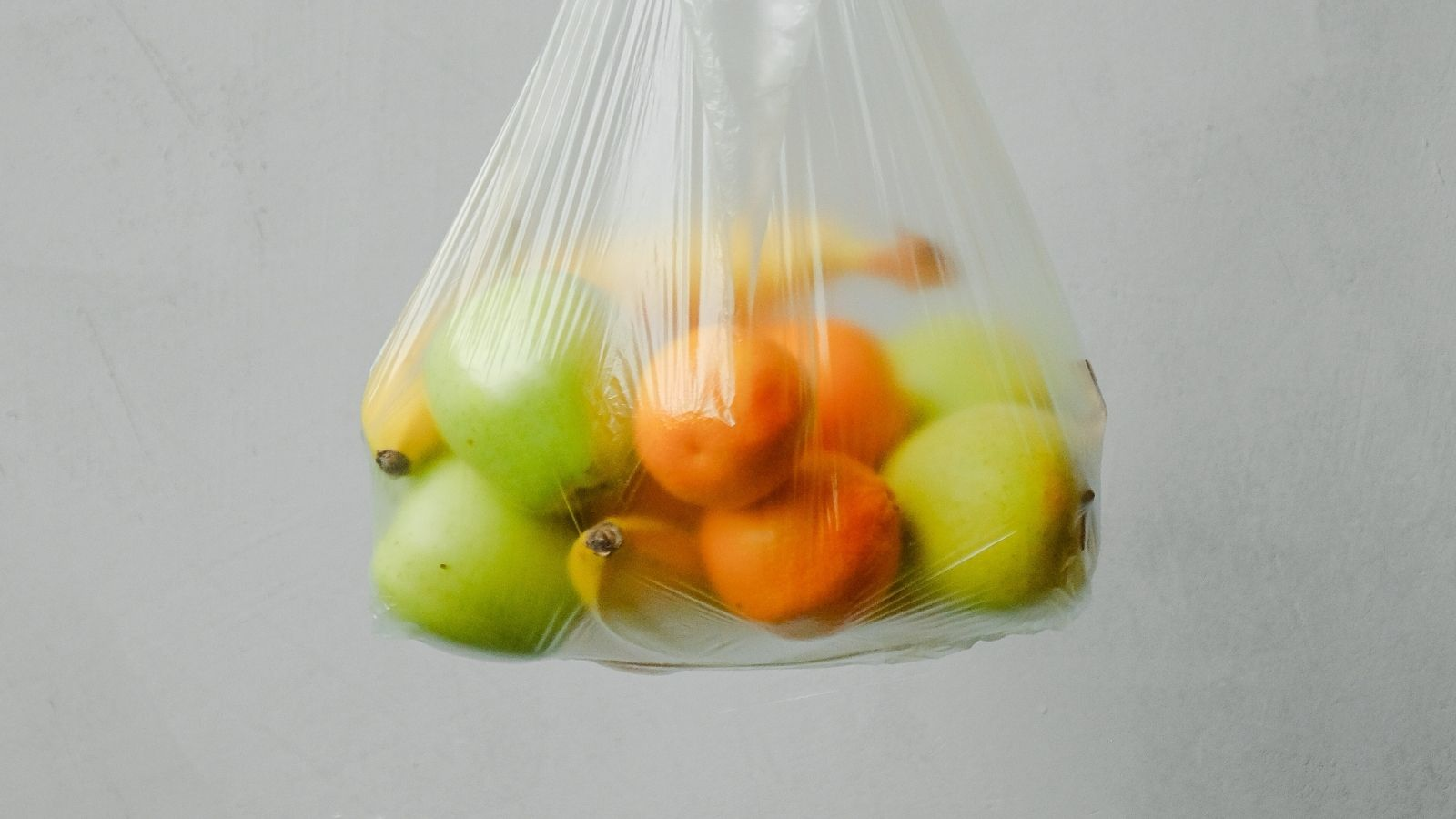 Fruit in a plastic bag. Photo credit: Anna Shvets, public domain